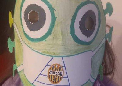 maschera di carnevale: ciao virus