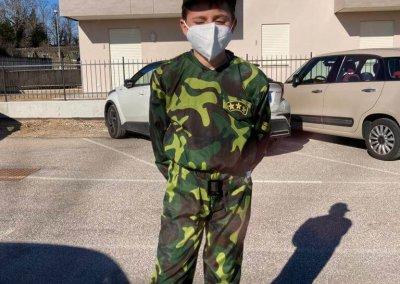 maschera di carnevale: difensore della pace
